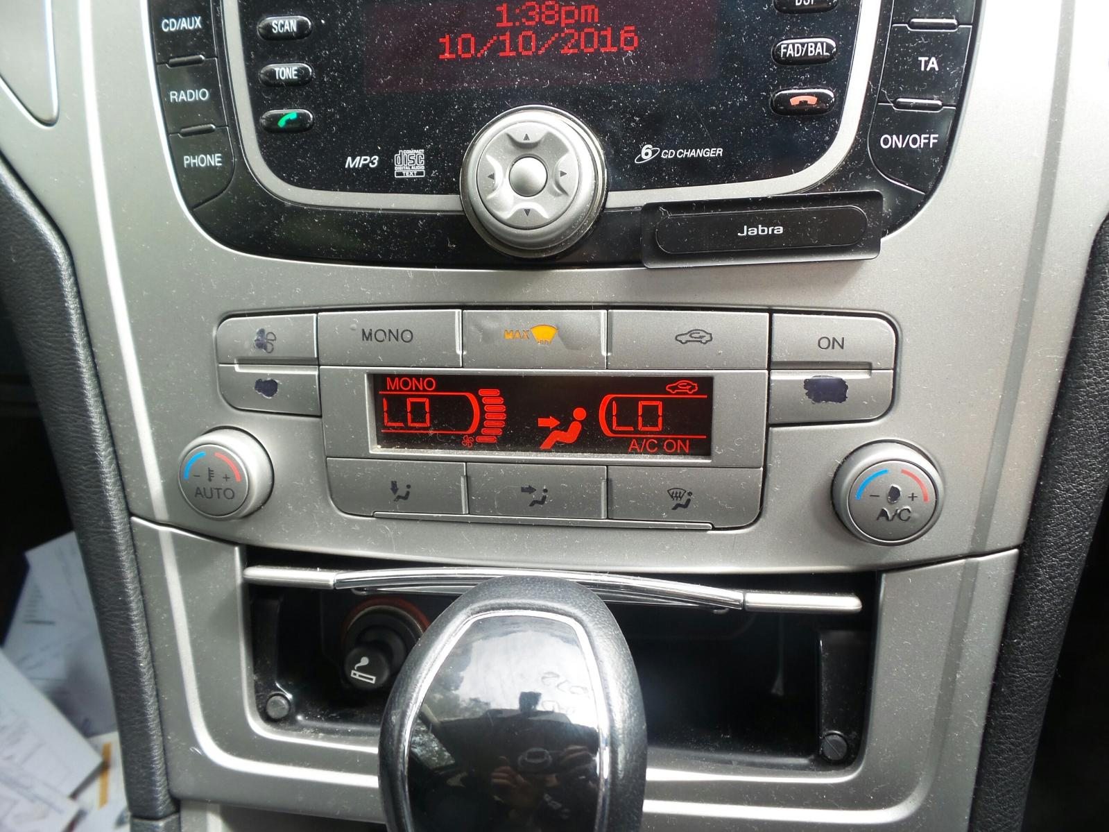 ford mondeo radio cd player stereo ebay. Black Bedroom Furniture Sets. Home Design Ideas